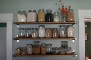 4 Stylish Storage Solutions to Organize Your Kitchen Space