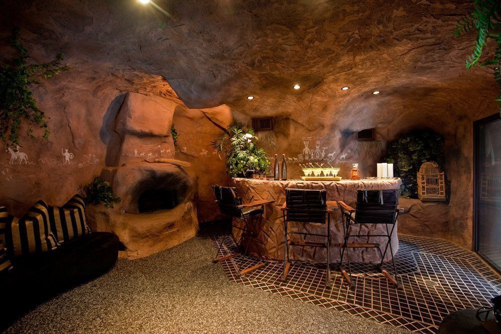 Real Man Cave Ideas : Retreat to the man cave