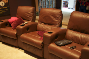 Tips for Buying the Perfect Home Theater Seating Setup