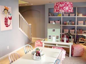 DIY Projects to Keep your Kids' Playroom Organized