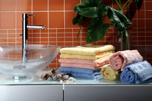 5 Tips for Organizing Your Master Bathroom