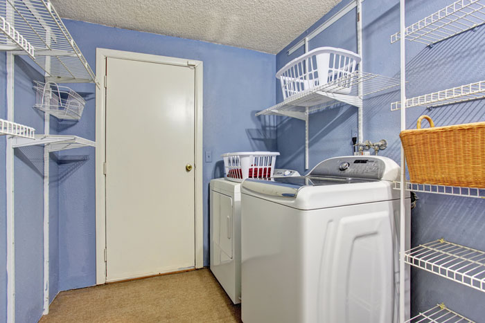 A Guide For Choosing The Perfect Laundry Room Colors